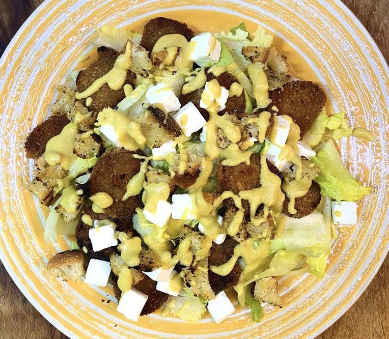 Caesar salad vegana e proteica